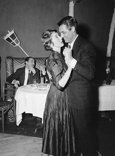 Betsy Drake and Cary Grant Photos - Betsy Drake and Cary Grant Picture Gallery - FamousFix Hollywood Couples, Old Hollywood Stars, Hollywood Actor, Golden Age Of Hollywood, Celebrity Couples, Classic Hollywood, Hollywood Style, Celebrity Photos, Gary Grant