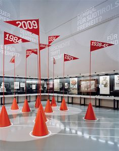 I'm hooked as a visitor, I need to know more. The interpretive design is … – Scenography – Exhibition Stand Wayfinding Signage, Signage Design, Booth Design, Layout Design, Exhibition Display, Exhibition Space, Museum Exhibition, Corporate Design, Retail Design