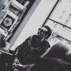 #jyrki69 #jyrkilinnankivi #the69eyes #singer #helsinkivampires #kulkurinvalssi #book #newbook #music #gothnroll #gothicrock #helsinki #blackandwhitephoto #musicphotographer #rockmusic #photographer #photography#bookstore @jyrki69