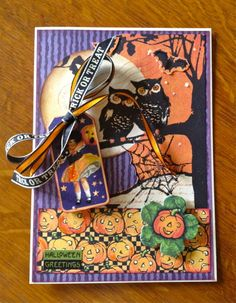 It's never too early to enjoy Halloween cards with this Happy Haunting card by @KD Eustaquio Russell! Gorgeous! #graphic45 #cards #halloween