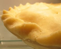 Everythingpies.com this is pie crust made with leaf lard and a warning on why not to use Armour Star Lard...processed lard is not a good thing.