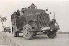 A Opel 2x4 troop transport