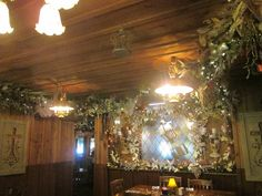 Photo of Patti's Settlement - Grand Rivers, KY, United States. Patti's 1880's Settlement, Beautiful Dining Rooms, Rivers, Chandelier, United States, The Unit, Ceiling Lights, Home Decor, Candelabra