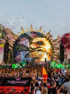 edmvibe:  Tomorrowland 2015