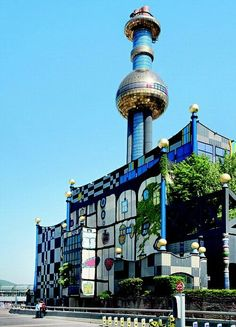 Müllverbrennungsanlage Spittelau (1988–1997), Vienna, Austria - Design: Friedensreich Hundertwasser