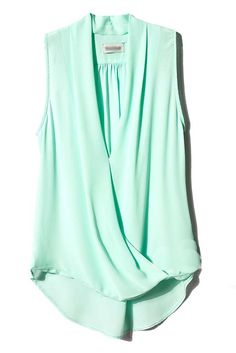 Mint Green V Neck Sleeveless Asymmetrical Chiffon Blouse - fun color, interesting front details. Passion For Fashion, Love Fashion, Fashion Beauty, Fashion Outfits, Mint Green Tops, Blazers, Dress To Impress, Cute Outfits, Shirts