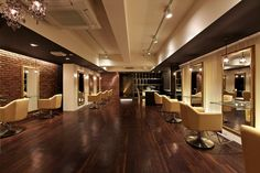 New Hair Salon Opens in Roppongi Salon Interior Design, Studio Interior, Salon Design, Kids Salon, Beauty Salon Decor, Luxury Hair, Hair Studio, Beauty Supply, New Hair