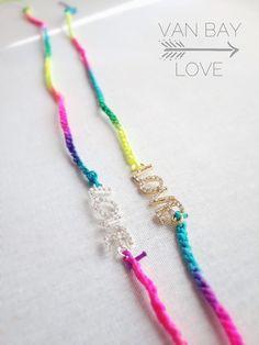 Novedades en la colección LOVE, pulseras o collar, versatilidad llena de color y mucho amor!