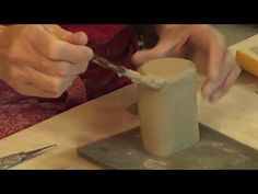 Suze Lindsay Shares Two Techniques for Handbuilt Feet - Ceramic Arts Network