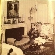 The Parish's living room at 920 Fifth Avenue.