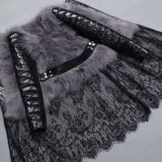 ~ Living a Beautiful Life ~ Fur Fashion, Fashion Details, Hijab Fashion, Winter Fashion, Fashion Dresses, Womens Fashion, Cool Coats, Estilo Hippie, Mode Jeans