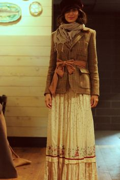 Victorian inspired outfit-Cute!