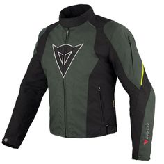 Dainese Laguna Seca D-Dry Black / Dark Gull Gray / Fluo Yellow Jacket. Very versatile short jacket thanks to the incorporation of a detachable thermal lining and a waterproof and transpirable D-Dry me...