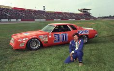 The Infamous Dale Earnhardt Sr and his 1976 (one-race-only) car Nascar Race Cars, Old Race Cars, Nascar Sprint Cup, Carros Nascar, The Intimidator, Dale Earnhardt Jr, Vintage Race Car, Car And Driver, Vintage Photos