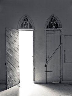 https://flic.kr/p/9mEcry | door to the light | St. Andrew's Presbyterian…