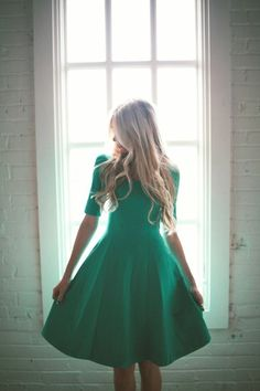 Stretchy emerald flared dress