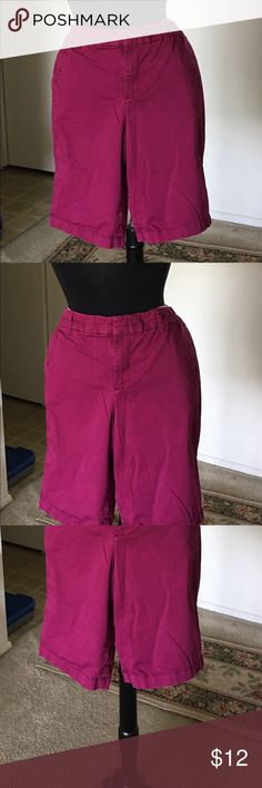 Women's Summer Stylish Bermuda Short/ On Huge Sale This women's Short pants is very very light and cool for summer time which you can set with black, purple, pink, and white top, this Short pant is made from 98% cotton and 2% Spandex, that is reason this short pant is very light and cool because is made from cotton, this item is very on the huge sales💍👕👖👓👗👒🌹👡👜👞👠🕶👚👛👢 Shorts Bermudas