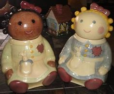 Sugar and Spice - my FAV cookie jars.  So so cute and reminds me of my cookie jar collecting momma.