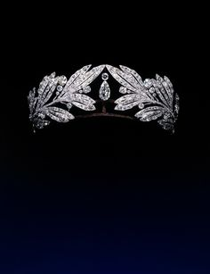 Tiara belonging to Marie Bonaparte  By Cartier  Platinum, diamonds  1907  Private Collection, courtesy of Albion Art Institute, Japan
