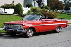 1961 Chevrolet Impala 2-Door Convertible