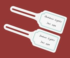 Label your Christmas lights with #MarthaStewartHomeOffice ElastiNote® Tags -- keep tabs on when purchased, outdoor vs. indoor. Next Christmas can be a little less stressful when deciding whether to purchase new lights. #Christmas #storage #holidayorganization