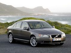 2008 Volvo S80....6 cyl FWD....smoothest car I ever drove...well mannered, comfortable to drive for miles on end...