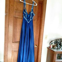 Prom Dress Size 4 Worn once, excellent condition. Asking 100$.  Back straps clip together. Floor length including a trail. Contact me for any questions! Dresses Prom