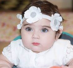 Article, muslim girl names, and muslim boy names image Very Cute Baby Images, Cute Baby Pictures, Beautiful Pictures, Muslim Baby Girl Names, Muslim Girls, Muslim Women Names, Cute Little Baby, Little Babies, Cute Babies