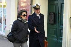 Costa Concordia, il capitano De Falco a Grosseto per testimoniare e gli avvocati di parte civile lanciano una provocazione