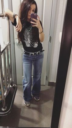 Cowgirl Style Outfits, Western Outfits Women, Country Style Outfits, Country Fashion, Cowgirl Outfits, Casual Outfits, Cute Outfits, Cowgirl Clothing, Fashion Outfits