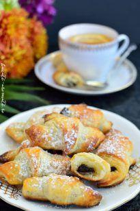 Romanian Desserts, Romanian Food, Fun Cooking, Cooking Recipes, Baby Food Recipes, Dessert Recipes, Pastry And Bakery, Dessert Bread, Savory Snacks