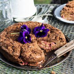 Barossa Rhubarb and Cinnamon Cake | Creative CooksCreative Cooks