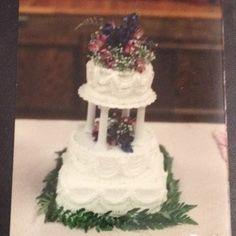 Wedding anniversary cake for my husband's grandparents 70 years(?)