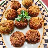 Fitness Nutrition, Diet And Nutrition, Lebanese Cuisine, Falafel, Greek Recipes, Plant Based Recipes, Soul Food, Baking Recipes, Food And Drink
