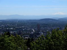 Things to do in Portland - a wonderfully detailed list compiled (with lots of reader input) by Alicia P. of Pozy Gets Cozy.