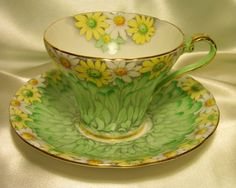 Aynsley ~ Daisy Delight Chintz ~ Corset Tea Cup and Saucer