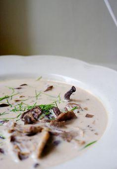 Mämmi: Creamy Chanterelle Soup ‒ Kermainen vahverokeitto