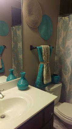 30 Add STYLE to a Small Bathroom smallbathroom bathroomdesign bathroom ⋆ kompastv. Bathroom Towel Decor, Bath Decor, Small Bathroom, Bathroom Ideas, Bathroom Fixtures, Bathrooms Decor, Decorating Bathrooms, Neutral Bathroom, Bathroom Makeovers