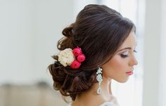 Unsure on which direction to go in for your hairstyle on the wedding day? here are another gorgeous collection of hair-dos for your big day from Elstile, take a look and happy pinning! Click here to see more stunning wedding hairstyles.
