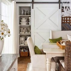 I shared some of favorite pins Friday #ontheblog and I'm still dying over this entire space from @betterhomesandgardens . I can't even pick a favorite part, I just LOVE the entire space! #farmhousetable #slidingbarndoor #grayandwhite #diningroom