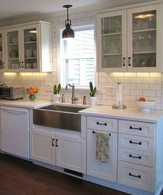 'How to' Kitchen Ideas : Decorating with White Appliances / Painted Cabinets - Kylie M Interiors. Learn tips and ideas to coordinate your white appliances with your kitchen countertops, backsplash and cabinets White Kitchen Cabinets, Kitchen Redo, Rustic Kitchen, Kitchen And Bath, New Kitchen, Kitchen Ideas, Kitchen Countertops, Dark Cabinets, Kitchens With White Appliances