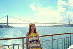 Check-in de pe două continente! #istanbul #europe #asia #turkey #bosphorus #bridge #cruise #summer #tbt #yellow #dress #flowers #blue #strait #marmara #sea #oriental #city #travel #blogger #ilovetraveling #travelgram #instapic #photooftheday #wanderlust #instatravel #see #go #explore #valizacucalatorii by valiza_cu_calatorii