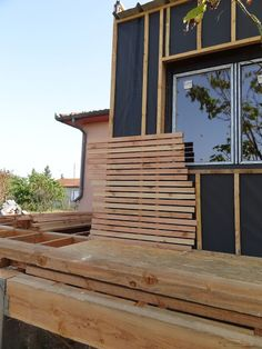 Wood Cladding Exterior, Larch Cladding, Wood Facade, Farmhouse Architecture, Architecture Details, Renovation Facade, Tiny House Village, Casas Containers, Small Backyard Pools