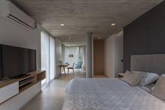 CASA HARAS : Dormitorios modernos de ESTUDIO GEYA
