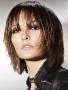 Beautiful Medium Haircut Trends 2012 - Sport the beautiful medium haircut trends 2012 below to nail down a modern and fashion-forward look. Hair that's flat is no longer an alternative. It's time to inject movement and volume into your new hairstyle with a few simple ideas.