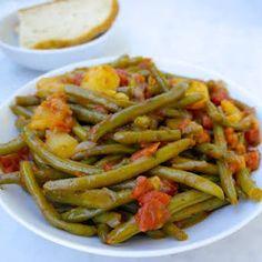 Greek Style Green Beans-Fasolakia Lathera with Olive Oil, Onion, Green Beans,. Green Bean Recipes, Vegetable Recipes, Vegetarian Recipes, Cooking Recipes, Healthy Recipes, Beans Recipes, Vegetarian Cooking, Mediterranean Dishes, Mediterranean Diet Recipes