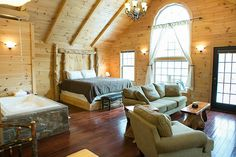 Wild Cherry Bedroom and Jacuzzi Tub - Amish Country Cabins