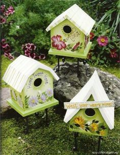 Donna Dewberry Outdoor Florals One Stroke Decorative Tole Painting Craft Book (SOLD One Stroke Painting, Tole Painting, Painting On Wood, Outdoor Painting, Birdhouse Craft, Birdhouse Designs, Birdhouse Ideas, Bird Houses Painted, Bird Houses Diy