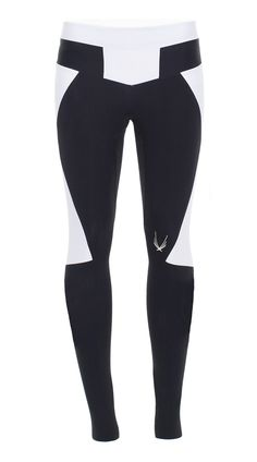 Lucas Hugh, Octane Leggings, Black These Lucas Hugh leggings are baseball inspired with strong, angular lines and block colours. Full-length, body-sculpting Octane leggings are the fashion forward cho(Dance Fitness Logo) Workout Attire, Workout Wear, Luxe Clothing, Female Runner, Monochrome Fashion, Tennis Dress, Body Sculpting, Fitness Logo, Running Tights
