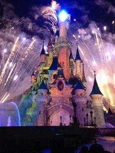 Disneyland® Paris - To go to all the disneyworld's